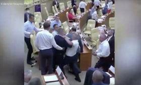 Полиция начала проверку после драки депутатов ульяновского заксобрания
