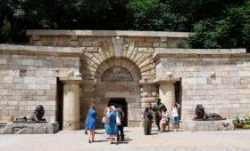 Единственный регион с курортным сбором за лето собрал с туристов ₽23 млн