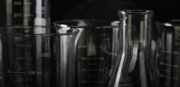 Российские ученые начали клинические исследования препаратов от COVID-19
