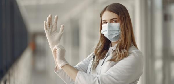 Российский врачи будут лечить больных коронавирусом с помощью нового метода