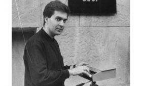 «Добрый вечер» (1991): перформанс Антона Батагова и других
