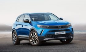 Рестайлинг Opel Grandland X 2022