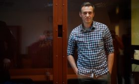 ФСИН ответила на обращение Хаматовой и Ахеджаковой по Навальному