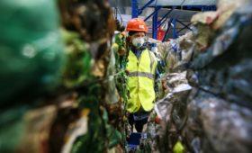 Чемезов предупредил о риске отказа банков кредитовать мусорные заводы