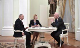 Путин и Инфантино обсудили подготовку к ЧМ по футболу в Катаре