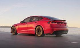 Обновлённая Tesla Model S расстраивает качеством даже своих фанатов