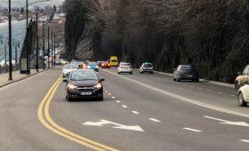 Водителей в России предупредили о штрафах за автомобильные шторки и каркасные сетки