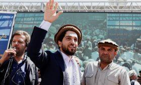 Афганский посол заявил о намерении талибов убить лидера сопротивления»/>