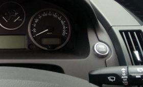 Свидетельства о регистрации автомобиля в виде QR-кода начали действовать в России