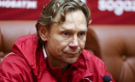 «Добротная команда европейского уровня»: Карпин оценил сборную Словакии