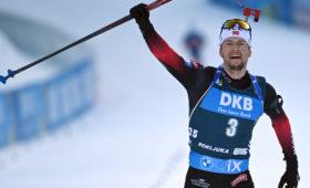 Норвежец Легрейд выиграл масс-старт на чемпионате мира по биатлону